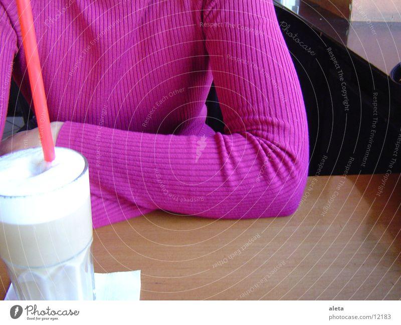 latte macchiato Mensch Frau Kind Jugendliche rot Junge Frau Freude Erwachsene Wärme feminin sprechen braun Freundschaft rosa Zusammensein Kindheit