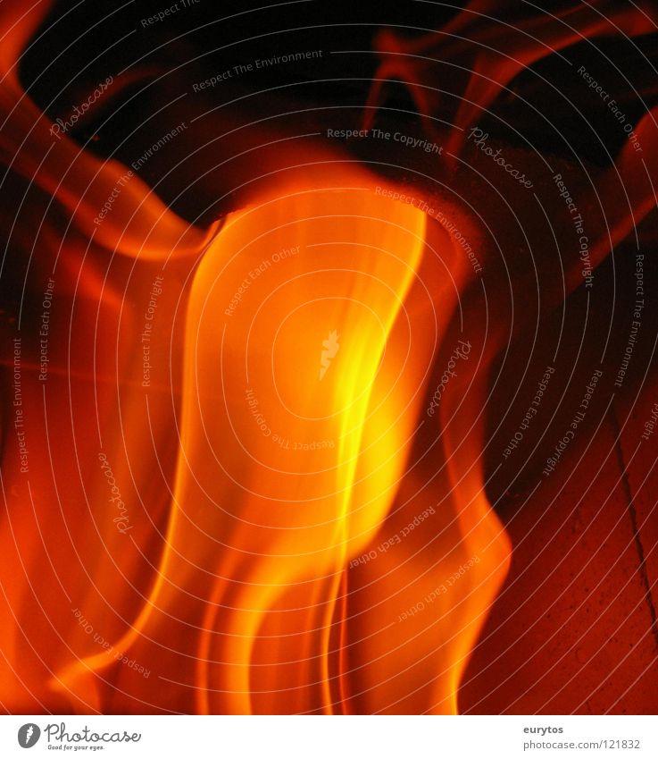 flammable... Wärme gefährlich Brand Feuer Physik brennen Flamme Funken Feuerwehr anzünden entzünden brennbar zündeln Brandstifter