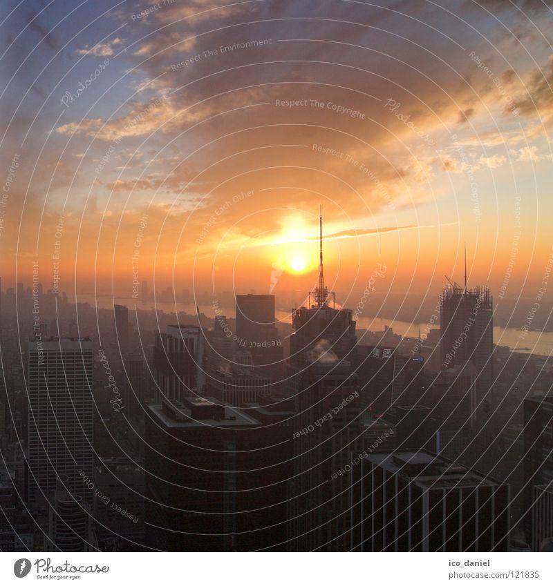 New York - Sunset V schön Stadt Wolken Ferne Straße Hochhaus Verkehr Dach USA Skyline Aussicht Stress Amerika Stadtzentrum Antenne New York City