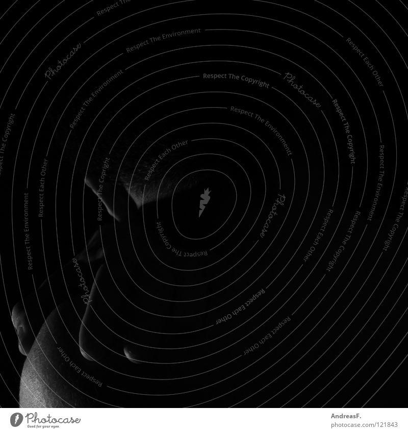 Dunkel Mensch Mann Hand Einsamkeit dunkel schwarz kalt Traurigkeit Gefühle Tod Denken Angst Haut Trauer Vertrauen Ohr