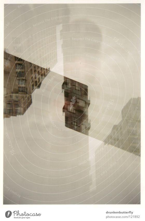 metropolis Haus Hochhaus Fenster Beton Luft abstrakt Doppelbelichtung unten weiß grau beige Wolken Stadt modern Schatten Überschneidung Stein oben Himmel