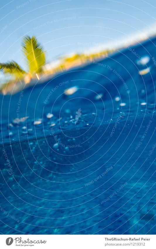 pool party iii blau gr n ein lizenzfreies stock foto von photocase. Black Bedroom Furniture Sets. Home Design Ideas