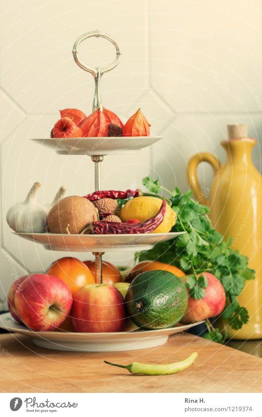 KüchenStill Gemüse Frucht Kräuter & Gewürze Bioprodukte Vegetarische Ernährung Geschirr dehydrieren authentisch frisch Gesundheit lecker Etagere Flasche