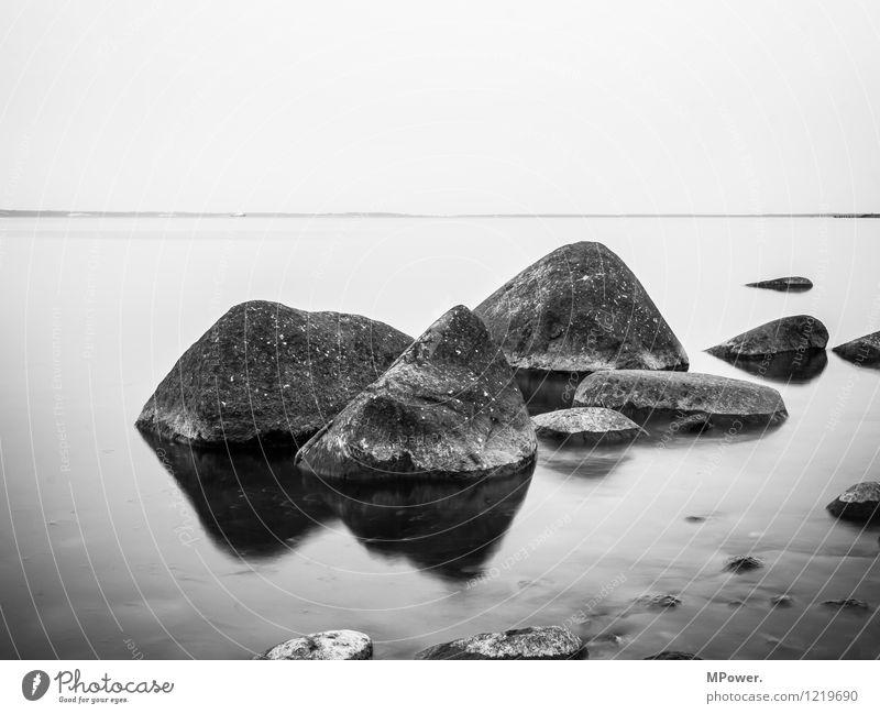 am kap Umwelt Natur schön Stein Ostsee Küste Meer Nebel Kap Arkona Rügen Langzeitbelichtung Wasser Wasserspiegelung Ferne Felsen Erholung Horizont