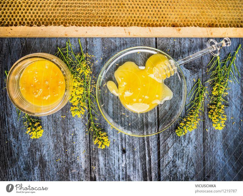 Rapshonig mit frischen blühende Pflanze und Waben Natur Gesunde Ernährung Blatt gelb Leben Blüte Stil Gesundheit Lebensmittel Design Glas Tisch Blühend Küche