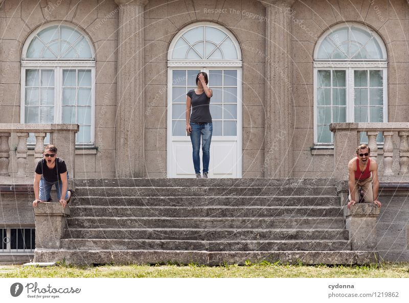 Hinnehmbar Mensch Jugendliche Junge Frau Junger Mann Freude 18-30 Jahre Fenster Erwachsene Leben Architektur Menschengruppe Lifestyle Freundschaft Fassade
