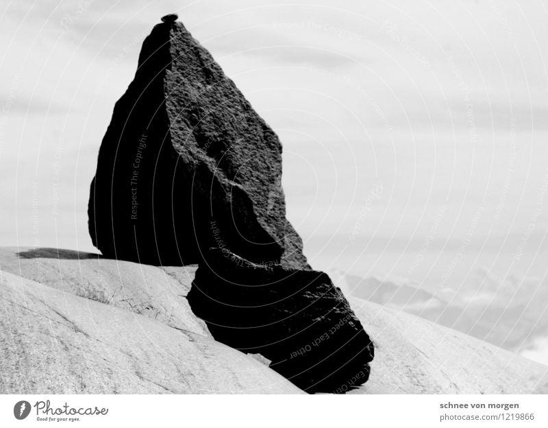 "Sein Stein Skulptur Umwelt Natur Urelemente Erde Himmel Wetter Hügel Felsen Alpen Berge u. Gebirge Gipfel Gletscher Vulkan Schlucht ""Schweiz Rhone Berg"" Swiss"