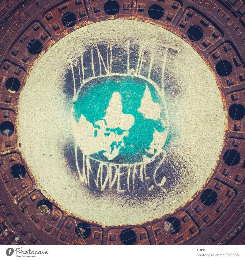 Die Welt steht Kopf Ferien & Urlaub & Reisen Reisefotografie Umwelt Leben Graffiti Lifestyle klein Erde Freizeit & Hobby Erde Schriftzeichen Kreativität rund Information Symbole & Metaphern entdecken