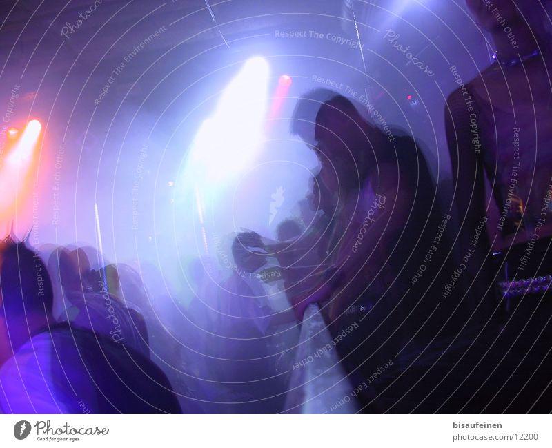 Das Geländer Licht Barriere Randzone Nebel Menschengruppe Motion Bewegung