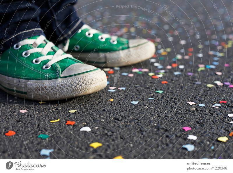 AK# Grünschuh I Kunst ästhetisch Zufriedenheit Party Partystimmung Partygast Partyservice Schuhe grün Karneval Karnevalszug Konfetti mehrfarbig Jugendliche