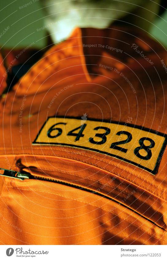 Sträfling Mann orange USA Baustelle Ziffern & Zahlen Anzug Langeweile Justizvollzugsanstalt Ausbruch Haftstrafe Kragen Reißverschluss Gefängniszelle driften Sträfling Vernehmung