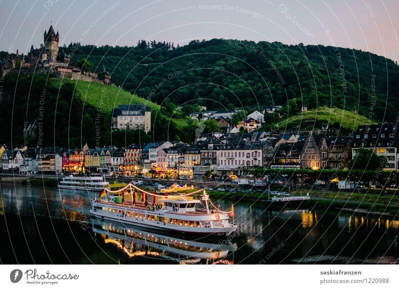 Und abends mit Beleuchtung. Lifestyle Freizeit & Hobby Ferien & Urlaub & Reisen Tourismus Ausflug Abenteuer Ferne Freiheit Sightseeing Städtereise Kreuzfahrt