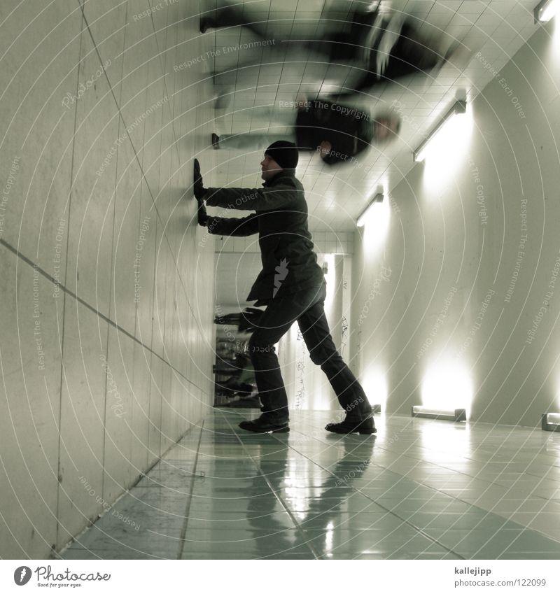 05 _ walk like an egyptian Mensch Mann Hand Stadt Haus Fenster Berge u. Gebirge Gefühle Architektur springen See Lampe Luft Linie Tanzen Glas