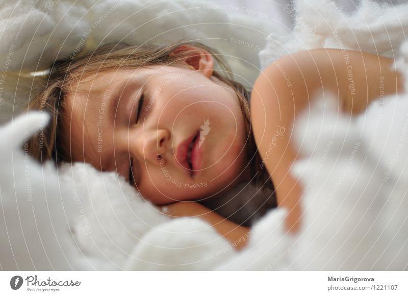 Schlafender Engel Mensch Kind Mädchen Körper Kopf Gesicht Auge Lippen 1 3-8 Jahre Kindheit schlafen Fröhlichkeit Gesundheit natürlich niedlich positiv weiß