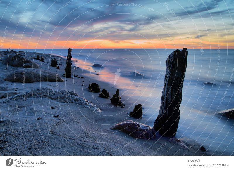 Am Strand Ferien & Urlaub & Reisen Meer Natur Landschaft Wasser Wolken Felsen Küste Ostsee Stein alt blau Romantik Idylle Buhne Sonnenuntergang
