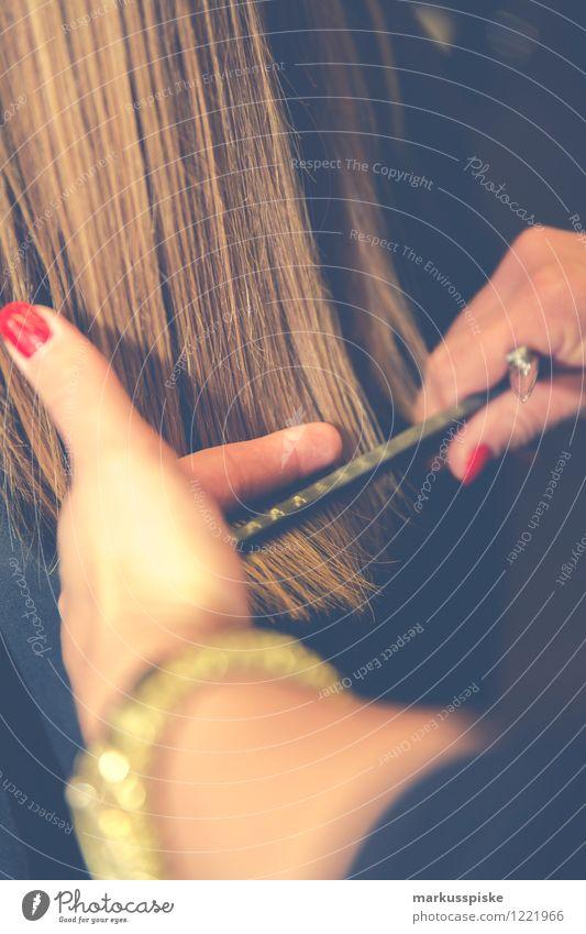 hair stylist friseur Haare & Frisuren Friseur schön Coiffeurin Coiffeuse Hair-Stylist Hairstylist clippter coloration colour comb crown Teppichmesser cutting
