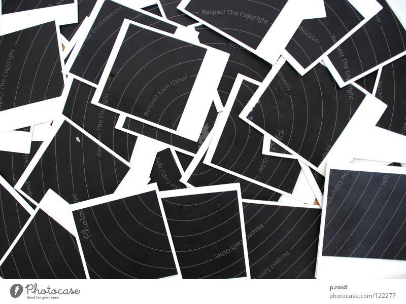 push my piano outside. I don't care. analog schwarz weiß Fotografie teuer 600 verdeckt umhüllen nichtssagend geheimnisvoll polaroids p.roid alt land camera