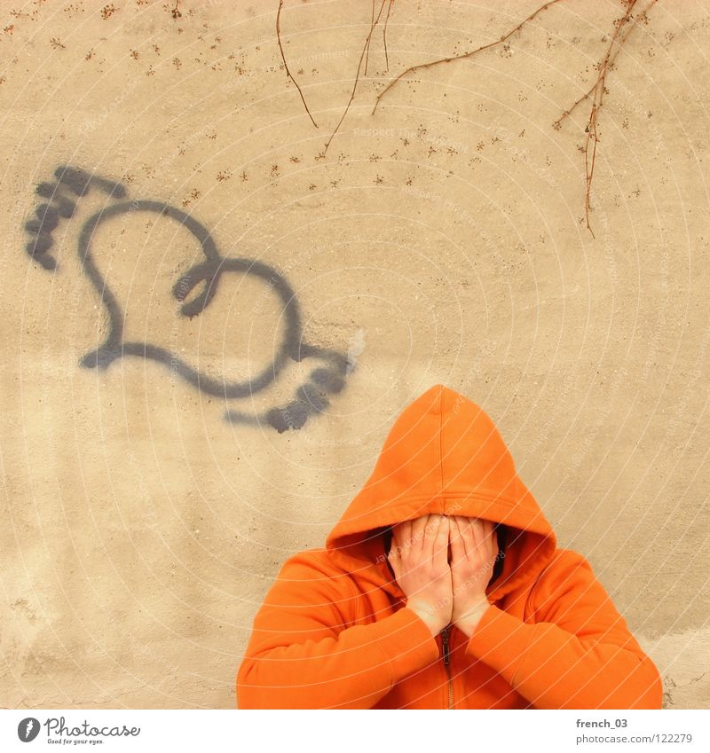 stop crying your heart out Mann blau Einsamkeit gelb Wand Graffiti Gefühle oben Wege & Pfade Traurigkeit Mauer orange Angst gehen Herz fliegen