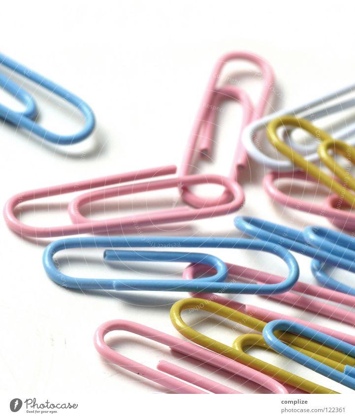Bürokram für Mädchen blau Farbe weiß gelb Farbstoff Metall rosa mehrere Tisch Schnur viele festhalten Bildung Zusammenhalt Schalen & Schüsseln