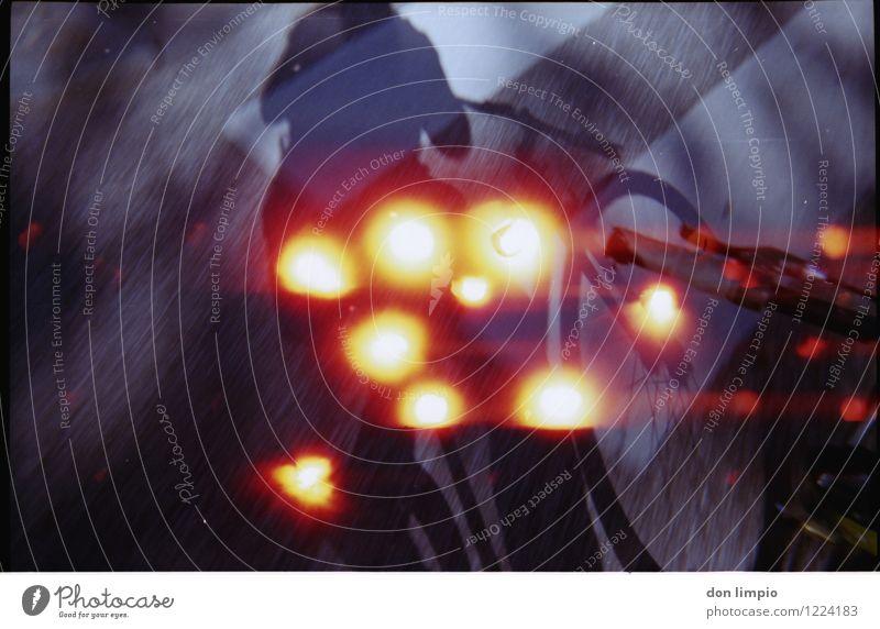 per muskelkraft durch die galaxis Fahrradtour Fahrradfahren 1 Mensch Verkehr Straße Bewegung glänzend Ferien & Urlaub & Reisen Geschwindigkeit sportlich trashig