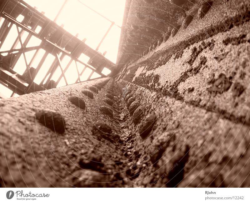 Rostig Brücke Stahl historisch Niete Träger rustikal