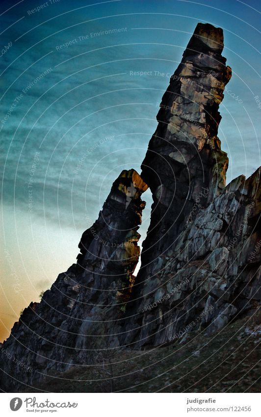 Teufelsmauer Natur Himmel Farbe Berge u. Gebirge Stein Landschaft Linie Felsen Macht Reihe Nationalpark Harz Kalk Sandstein Sediment