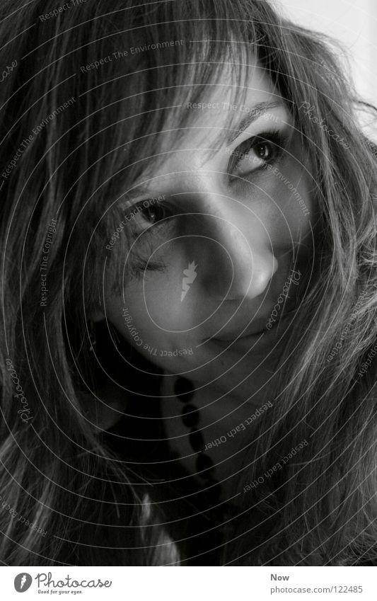 schönheit Porträt schwarz weiß Frau Freude Haare & Frisuren Auge Mund Gesicht lachen