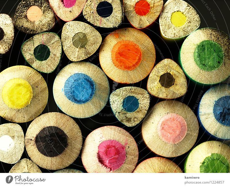 Holzkreiden. blau grün Farbe rot gelb Spielen Schule Kunst hell rosa Design Büro Kreativität Grafik u. Illustration zeichnen Handwerk