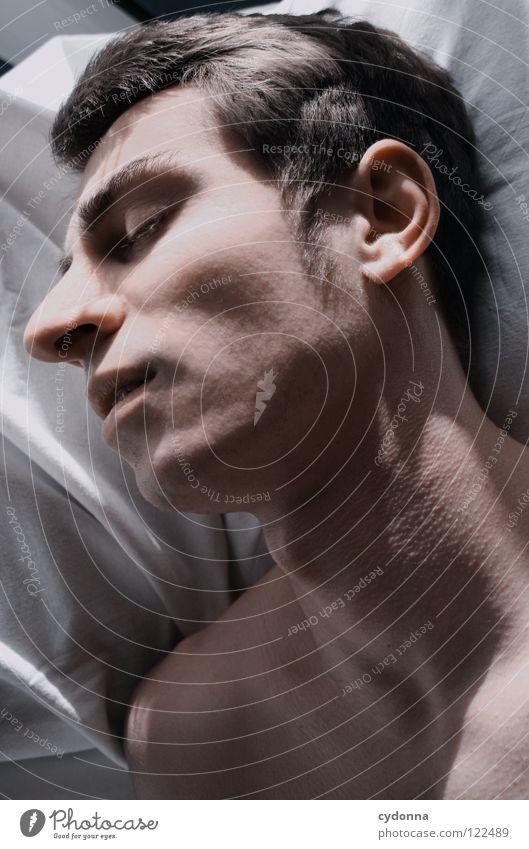 ZzZzZz Mann schön Porträt geheimnisvoll schwarz bleich Lippen Stil lieblich Gefühle Licht Schwäche Lichteinfall Geistesabwesend Silhouette Leichtigkeit schlafen