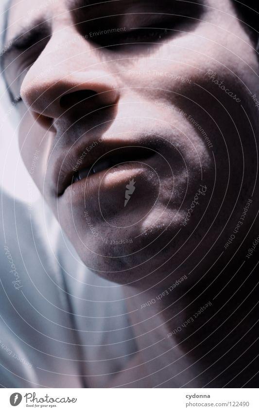 ZzZzZzZzZzZz Mann schön Porträt geheimnisvoll schwarz bleich Lippen Stil lieblich Gefühle Licht Schwäche Lichteinfall Geistesabwesend Silhouette Leichtigkeit