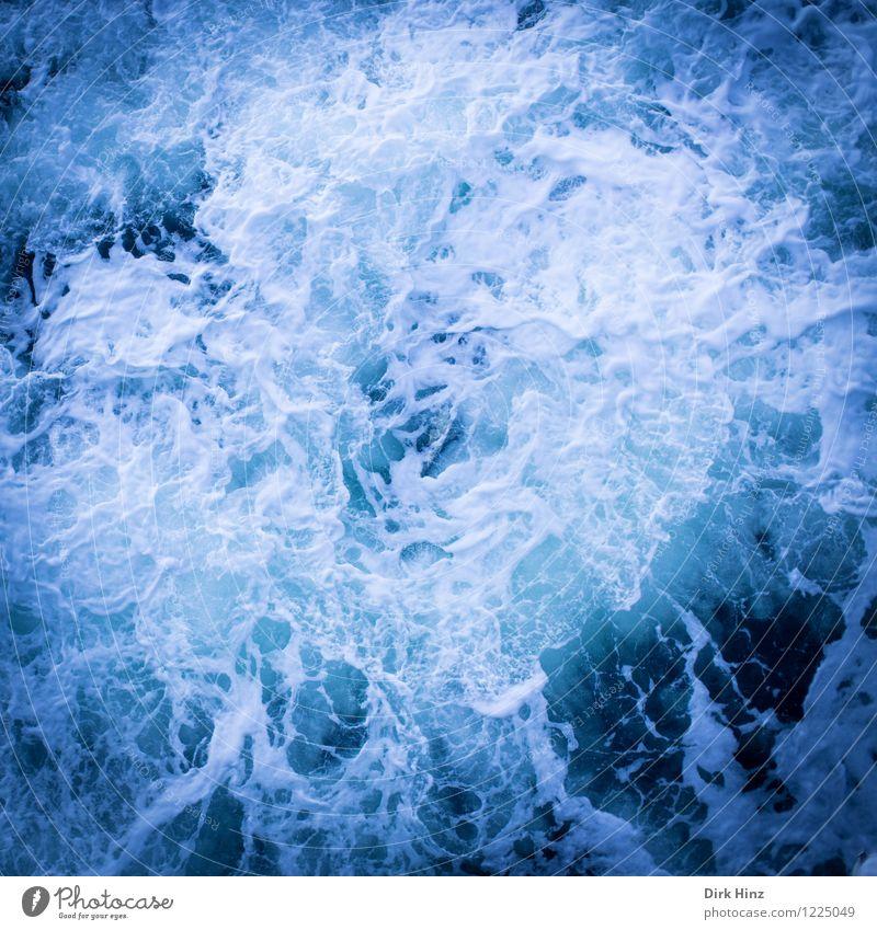 Ostsee-Whirlpool - Wer springt mit? Natur blau Wasser weiß Meer Umwelt Leben Bewegung Küste wild frisch Wellen Wassertropfen Klima nass