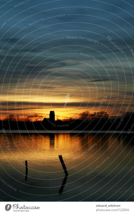 weg isse... Wasser Sonne Ferien & Urlaub & Reisen Wolken Holz See Schwimmbad Turm tauchen blasen Seifenblase