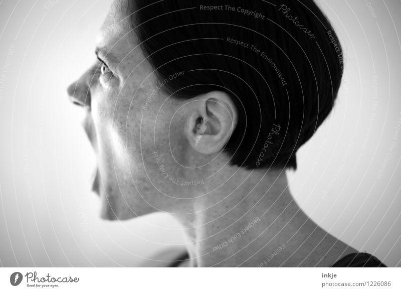 Motzkopf Lifestyle Frau Erwachsene Leben Gesicht 1 Mensch 30-45 Jahre schreien Konflikt & Streit Gefühle Stimmung selbstbewußt Willensstärke Mut Ungerechtigkeit
