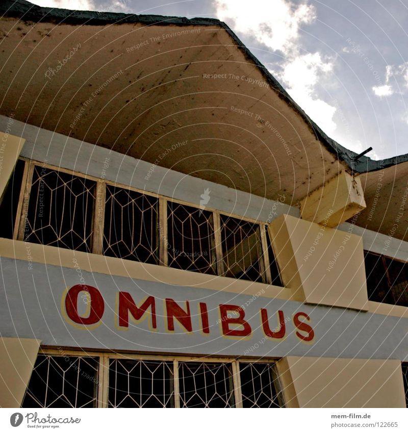 omnibus Busbahnhof Kuba Reisebus mehrfarbig Typographie Tourist Ferien & Urlaub & Reisen Buchstaben Schriftzeichen Station Bahnhof Schaltpult dach spitz blau