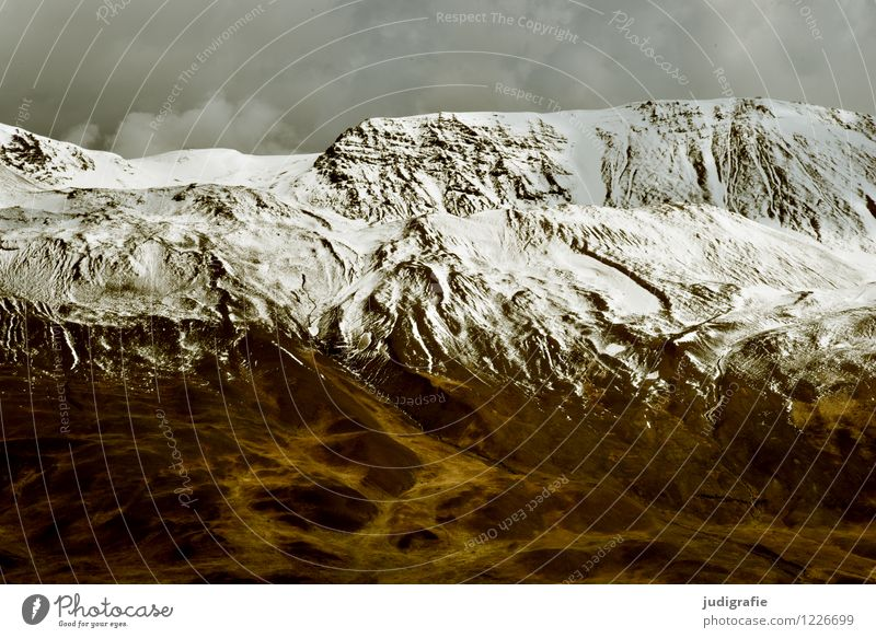 Island Umwelt Natur Landschaft Urelemente Himmel Wolken Klima Berge u. Gebirge Schneebedeckte Gipfel Menschenleer ästhetisch außergewöhnlich dunkel kalt