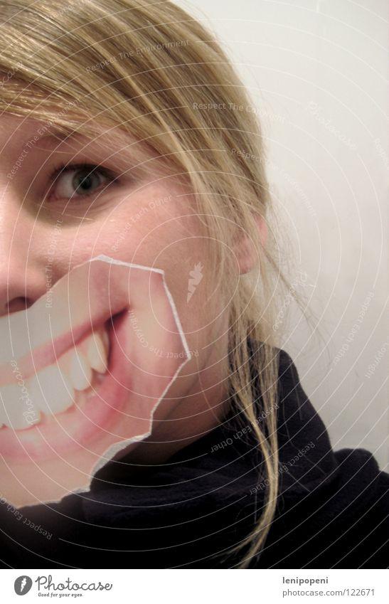 Patchmouth Lippen Frau blond schwarz Fotografie ausgerissen Freude lachen Mund grinsen aufgeklebt verstecken Gefühle hell bleich Haare & Frisuren Bild Blick