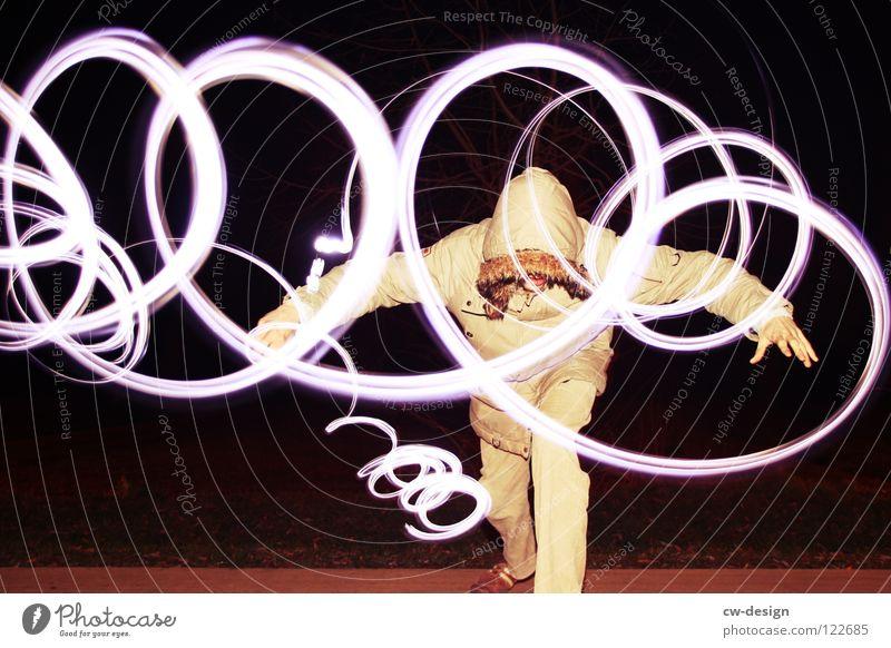 I L L usion Mensch Lampe dunkel Wege & Pfade Beleuchtung Kraft Feld maskulin sitzen Körperhaltung Schriftzeichen Freizeit & Hobby Zeichen Blitze Konzentration