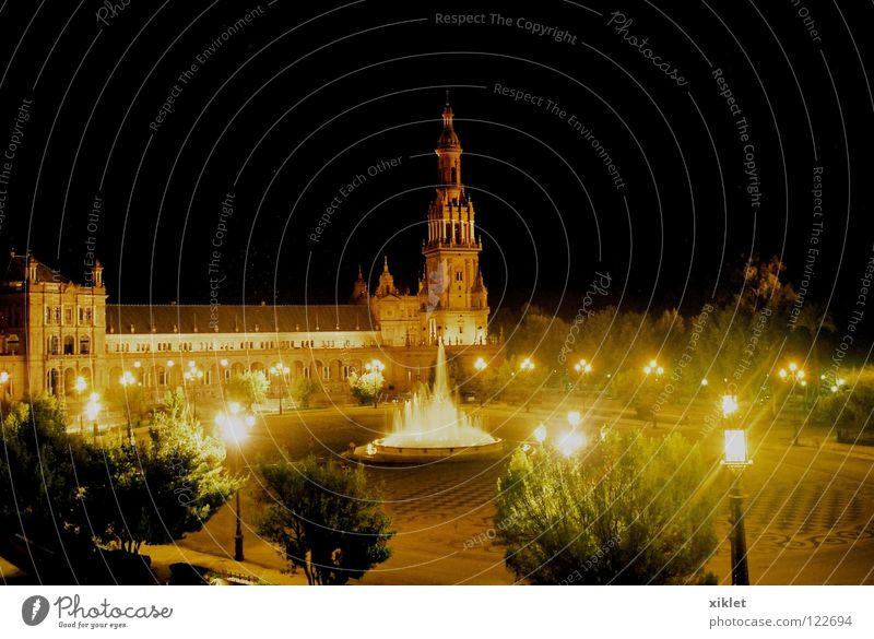 platz Platz Himmel Religion & Glaube schwarz Baum Lampe Tempel Gotteshäuser historisch Wahrzeichen Denkmal Springbrunnen Wasser Kirche Kloster Spanien dunkel