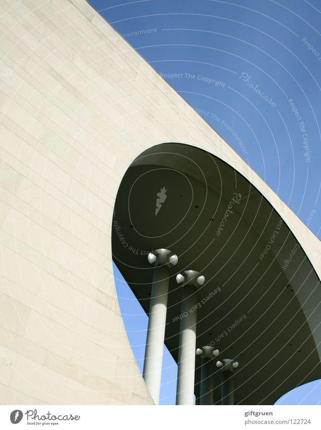 bullauge Berlin Gebäude Kunst Deutschland Glas Fassade Beton modern Baustelle Bauwerk Amerika Sehenswürdigkeit Sightseeing Hauptstadt Waschmaschine