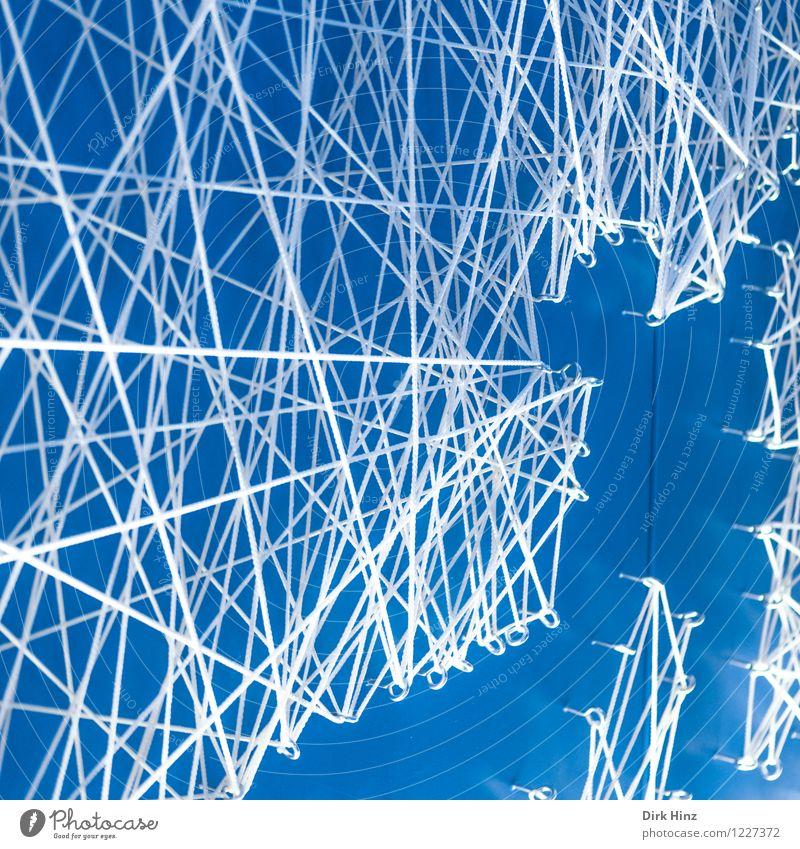 Network Zeichen Kreuz Linie Schnur Knoten Netz Netzwerk Unendlichkeit blau weiß Partnerschaft Business Design Kommunizieren komplex Problemlösung Ordnung