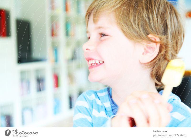 manchmal ist das leben leicht Mensch Kind blau schön Hand Freude Gesicht Auge Liebe natürlich Junge Glück lachen Familie & Verwandtschaft Haare & Frisuren Kopf