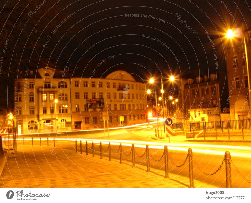 Kreisverkehr Straße