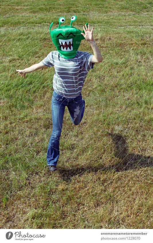 Run! grün Freude Wiese außergewöhnlich Kunst ästhetisch Jugendkultur rennen Flucht Kunstwerk Monster Außerirdischer Fremder außerirdisch Ausländer ungeheuerlich