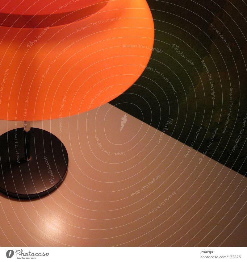 Abschalten grün Lampe dunkel Erholung Wand orange Tisch Technik & Technologie Frieden Dekoration & Verzierung diagonal erleuchten Elektrisches Gerät Tischlampe