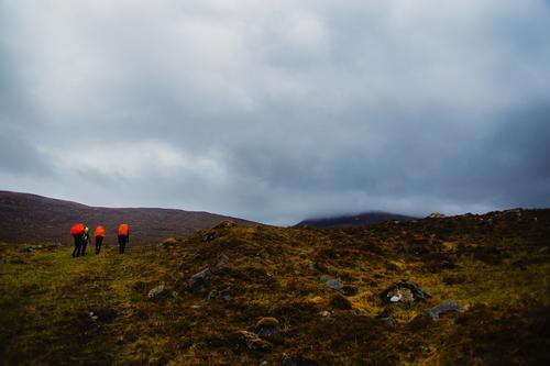 Aufstieg in die Highlands 1/2 Ferien & Urlaub & Reisen Tourismus Ausflug Abenteuer Ferne Freiheit Expedition Berge u. Gebirge wandern Sport Klettern Bergsteigen