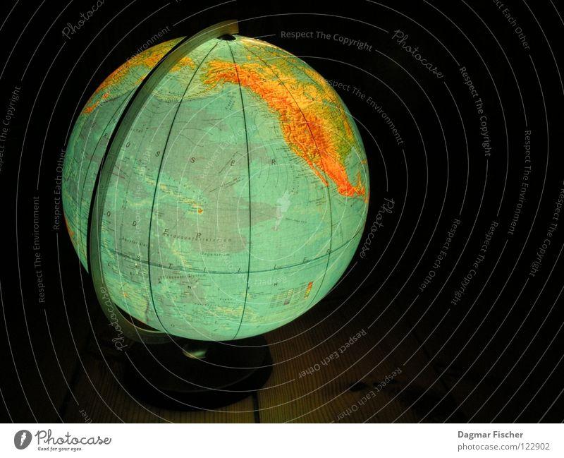 The World Wasser blau grün Ferien & Urlaub & Reisen Meer schwarz Umwelt Erde lernen Bildung Frieden Information Länder Kugel Amerika Globus