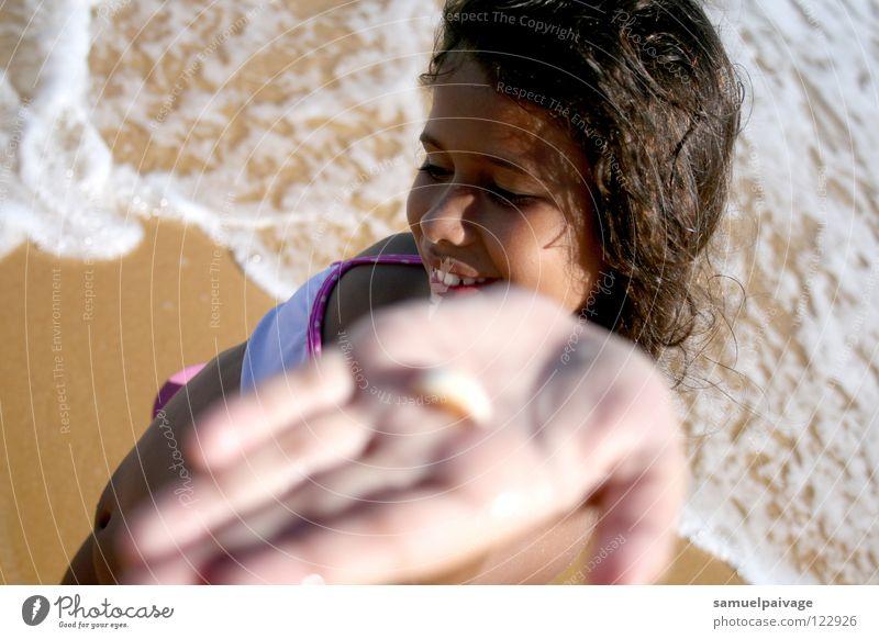 Happiness Muschel criança concha areia Samuel Gê alegria Glück Sand shell child long for
