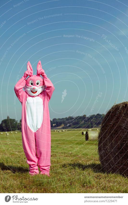Hat du... Wiese feminin Kunst rosa stehen ästhetisch verrückt Ostern Ohr hören Hase & Kaninchen Flucht Kunstwerk Kostüm Blauer Himmel Karnevalskostüm