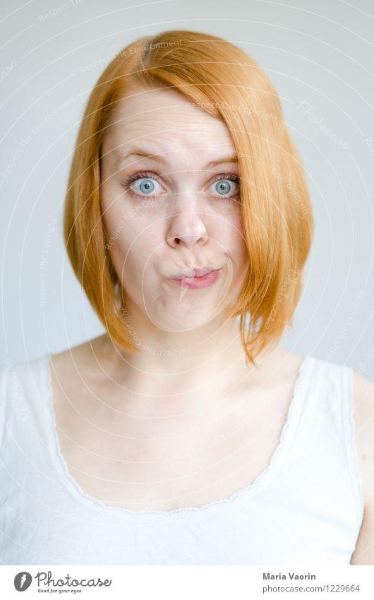 Rotschopf 3 Mensch Jugendliche Junge Frau 18-30 Jahre Erwachsene natürlich feminin lustig authentisch verrückt Mund niedlich einzigartig Irritation langhaarig