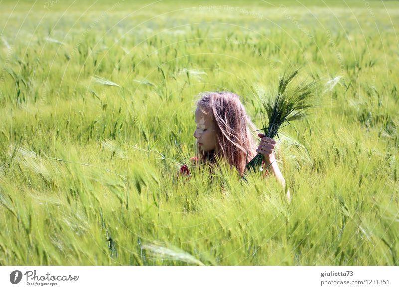 In Gedanken versunken... Mädchen Kindheit Jugendliche Leben 1 Mensch 8-13 Jahre Natur Landschaft Frühling Schönes Wetter Wind Pflanze Nutzpflanze Kornfeld